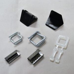 Accesoires voor het gebruik van polypropyleen onsnoeringsband. (Strapping).