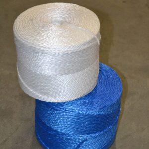 toepassing omsnoeren, vastbinden, opbinden, dichtknopen, bundelen of inpakken, oersterke bindgaren.vervaardigd van polypropyleen ook wel gripolene genoemd